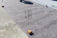 Postavljanje podložnoj sloja geotekstila ( zaštita PVC membrane )